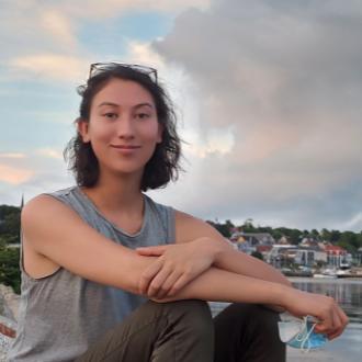 Hannah Kern-Cheng headshot