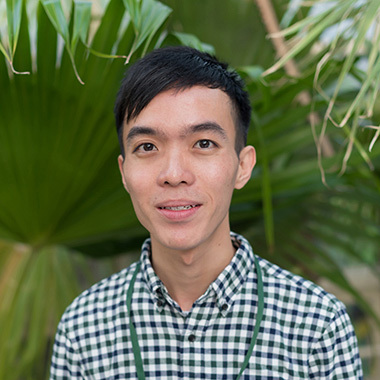 Jonathan Tan headshot